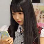 【東由樹】ゆきつんカメラの1日1米 #22 はみるるん。今一番アツいメンバーの1人ですwwテーマ:携帯、メンバー:白間美瑠