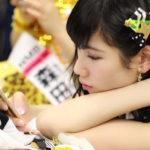 【東由樹】ゆきつんカメラの1日1米 #27 はゆうみん。素の瞬間。テーマ:携帯、メンバー:石田優美
