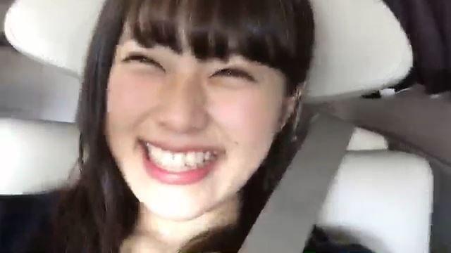 【渋谷凪咲】移動中の単独Showroom生配信は「口角を限界まで上げるギネス」に挑戦wwwww