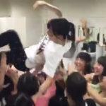 【山本彩】AKBフェス終了後の楽屋でさや姉にサプライズ胴上げお祝いwwwはぴばw