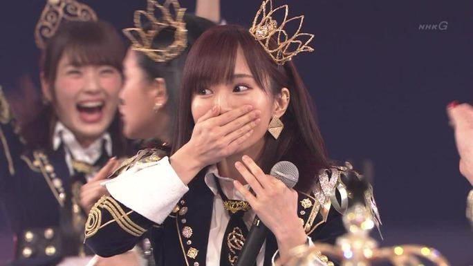 【渋谷凪咲】さや姉「夢の紅白選抜」1位発表時の後ろのなぎさwwwニッコニコやwww