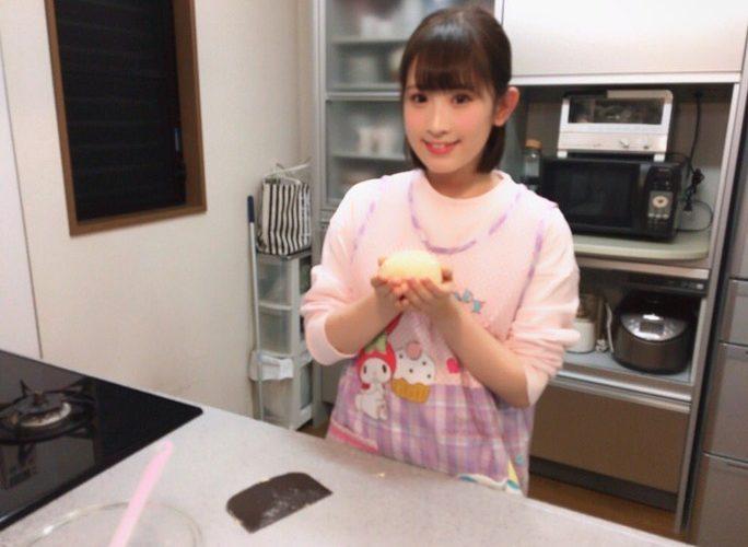 【武井紗良】さららんの手作りパン、ウマそうwエプロン姿も良いね(^^)