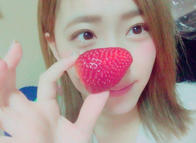 【森田彩花/堀詩音】NMB48新年会でゲットした「いちご一万円分」は一粒500円超えの超高級品w