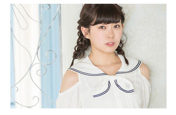 【渡辺美優紀】みるきー着用アイテムが楽天で販売開始。モデルのお仕事風?