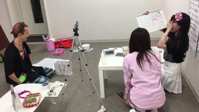 【堀詩音】しおんチャレンジ、AKIRA先生に誕プレもらった時の号泣シーン動画w