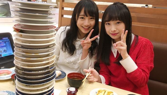 【梅山恋和/山本彩加】梅山本、寿司を食う。