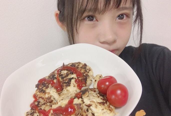 【岩田桃夏】ももるん、ハンバーグ作りに挑戦。#ももるんの料理修行 。