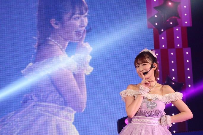 【吉田朱里】アカリンのアパレルブランド立ち上げが幕張メッセ8周年Liveで発表。