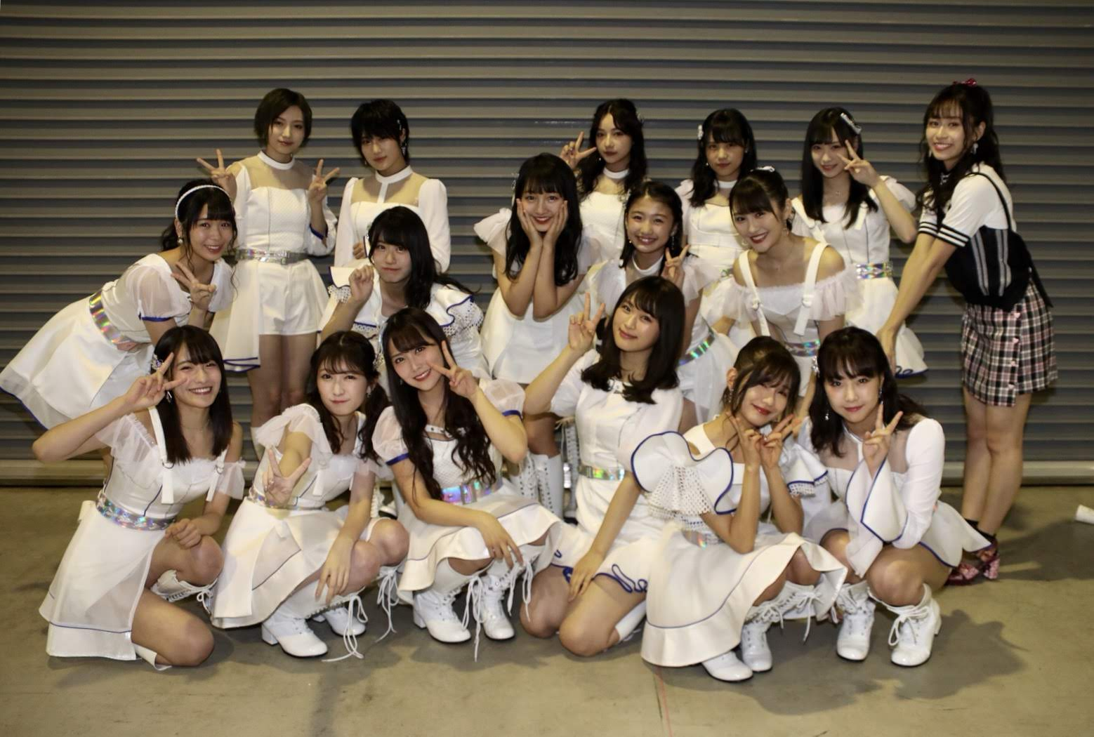 【NMB48】第8回AKB48紅白対抗歌合戦・金子支配人Googleフォト投稿NMB48メンバーの画像。