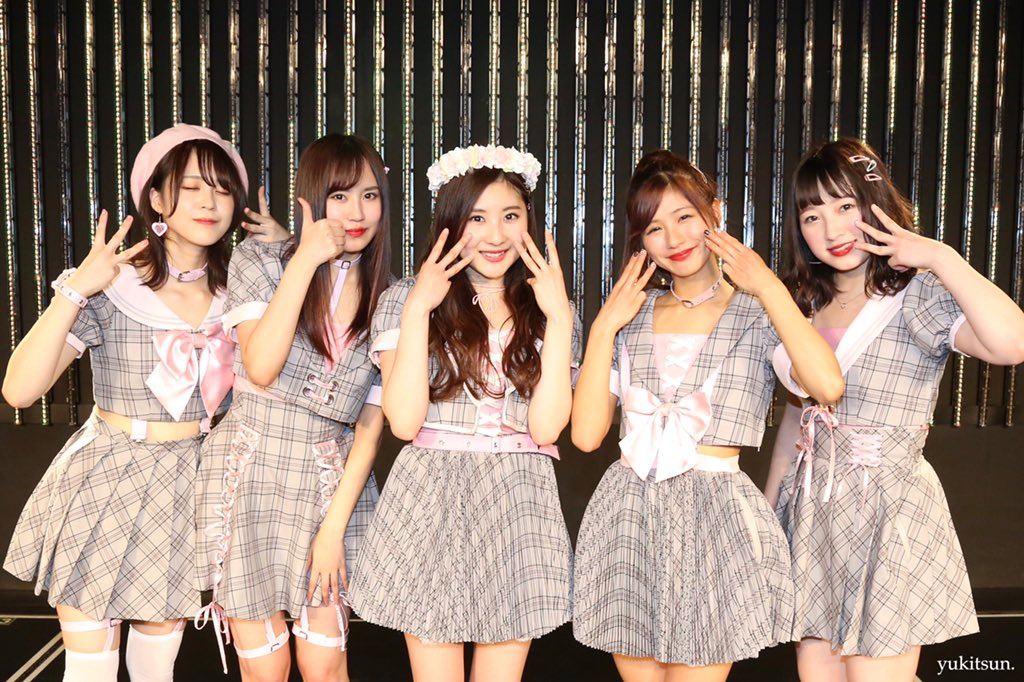 【東由樹】ゆきつんのGoogle+に本郷柚巴 生誕祭 、 日下このみ ・ 林萌々香 ・ 三田麻央卒業公演のオフショットが投稿。