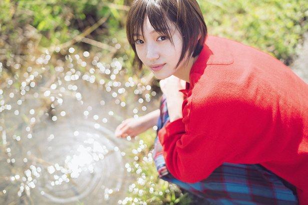 【太田夢莉】ゆーりのフォトエッセイ『青』が発売決定。