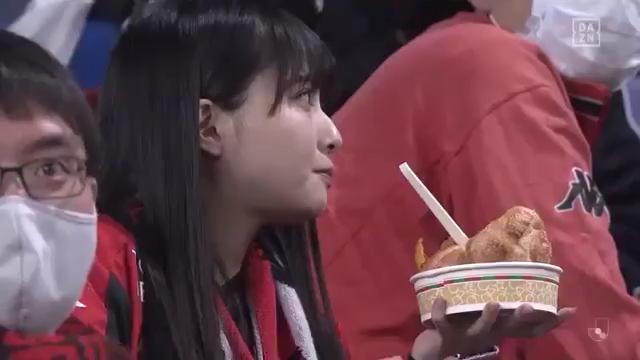 【堀詩音】ガンバ大阪vsコンサドーレ札幌でしおんのハーフタイムもぐもぐをDAZNさんがすっぱ抜く